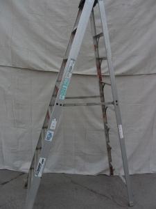 Ladder / Scaffold / Lifts